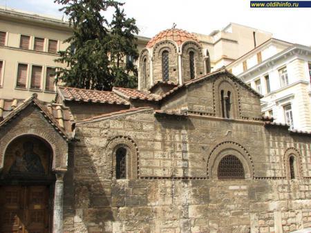 Фото: Церковь Святой Марии Капникареа, церковь Панагиа Капникареа