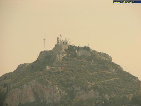 Фото: Церковь Святого Георгия на горе Ликавитос