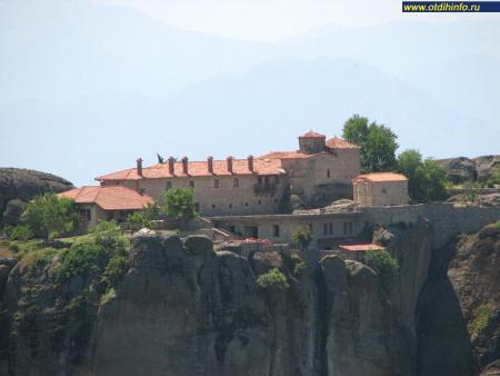 Фото: Монастырь Святой Троицы
