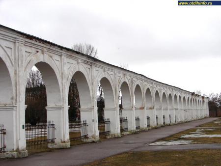 Фото: Ярославо дворище, Аркада Гостиного двора