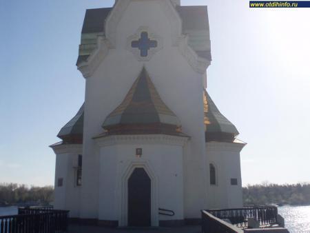 Фото: Церковь Николая Чудотворца на водах