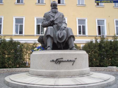 Эконом памятник Арка Донской Эконом памятник Пламя Нижнедевицк