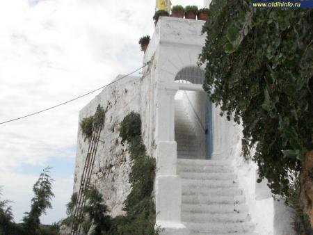 Фото: Монастырь Хрисоскалитисса, монастырь Золотая ступень