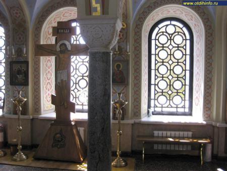 Фото: Церковь Воскресения Христова в Форосе