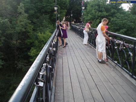 Фото: Парковый мост, Мост влюбленных, Чертов мост
