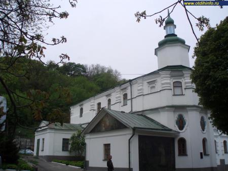 Фото: Флоровский монастырь