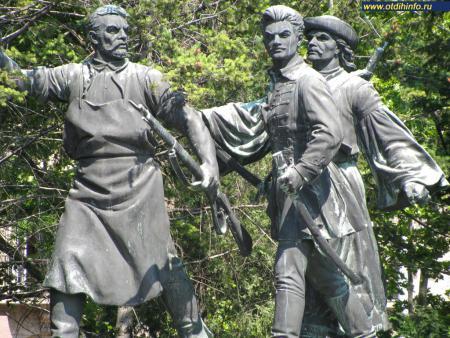 Фото: Памятник Лайошу Кошуту