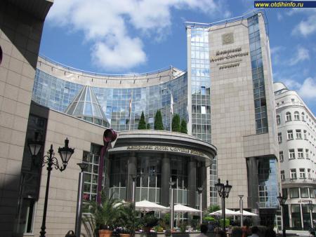 Фото: Kempinski Hotel Corvinus, отель Кемпински Корвинус