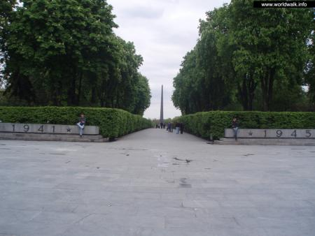 Фото: Мемориал Вечной Славы на могиле Неизвестного солдата