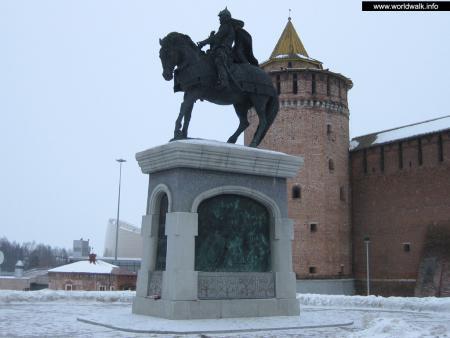 Эконом памятник Волна Третьяковская Лампадка из лезниковского гранита резная Карачев