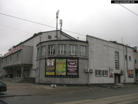 Фото: Кинотеатр Жовтень, кинотеатр Октябрь