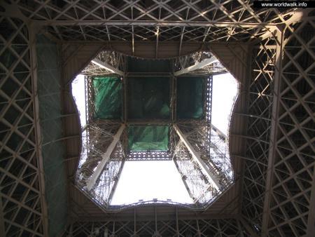 Фото: Эйфелева башня