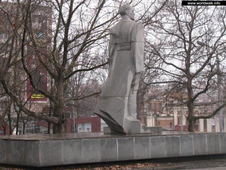 Фото: Памятник Ф. Э. Дзержинскому