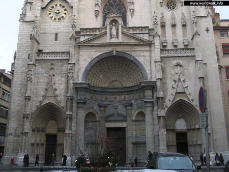 Фото: Собор Святого Ницетия, собор Сен-Низье