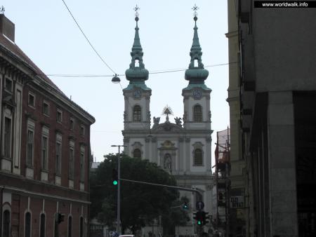 Фото: Костел Святой Анны