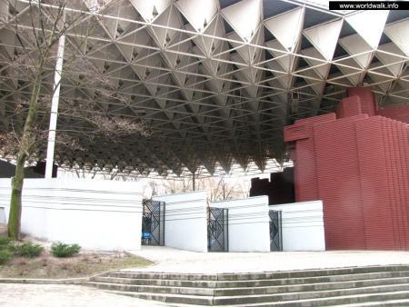 Фото: Летний театр, городской лекторий в парке им. Т. Г. Шевченко