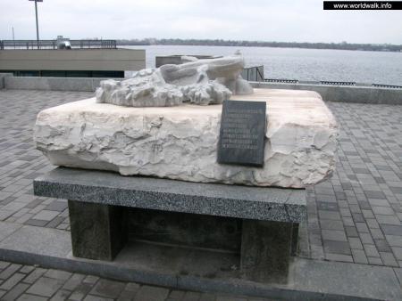 Фото: Памятник воинам-афганцам, памятник солдатам войны в Афганистане