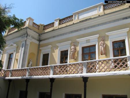 Фото: Национальная картинная галерея им. И. К. Айвазовского