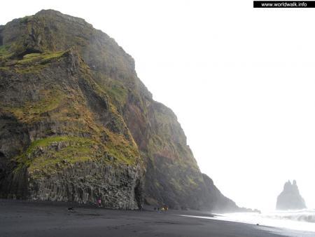 Фото: Чёрный пляж, пляж Вик, Вик бич
