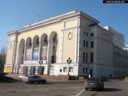 Фото: Оперный театр, Донецкий национальный академический театр оперы и балета им. А. Б. Соловьяненко
