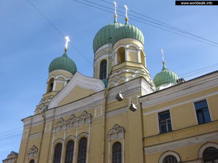 Фото: Свято-Исидоровская церковь, церковь священномученика Исидора Юрьевского
