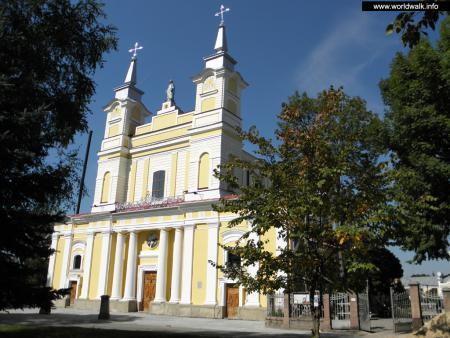 Фото: Кафедральный костел Святой Софии