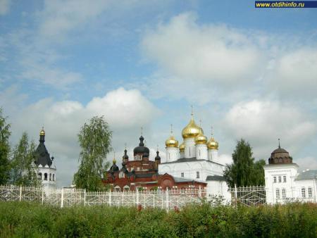 Фото: Богоявленско-Анастасиин монастырь