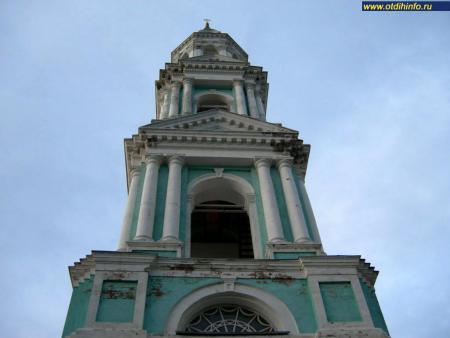Фото: Церковь воскресения Христова на Дебре