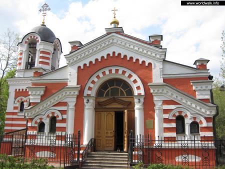 Фото: Церковь архангела Михаила, храм-часовня Михаила архангела при Кутузовской избе