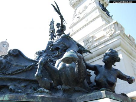 Фото: Памятник Генриху Мореплавателю