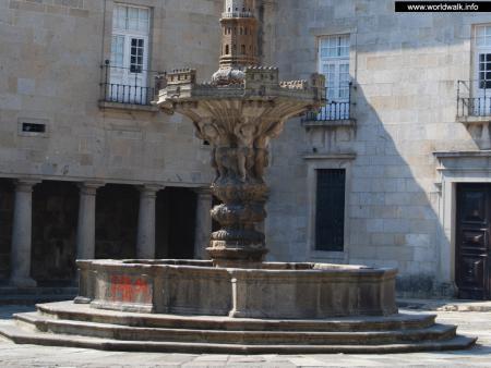 Фото: Замковый фонтан