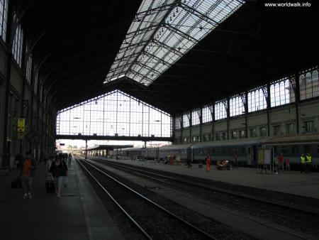 Фото: Железнодорожный вокзал Будапешта, вокзал Ньюгати
