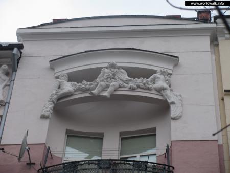 Фото: Дом Козеровского