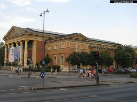 Фото: Мючарнок, выставочный зал Мючарнок