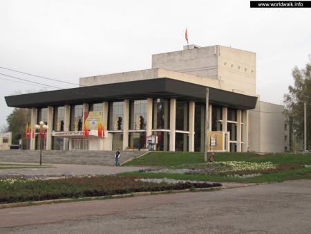 Фото: Академический областной театр драмы