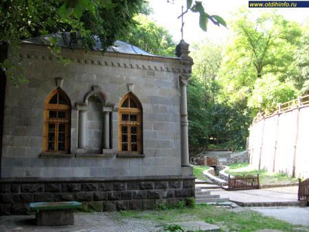 Фото: Космо-Дамиановский монастырь (Алушта)