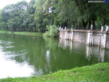 Фото: Лефортовский парк (Дворцово-парковый ансамбль «Лефортово», Москва)