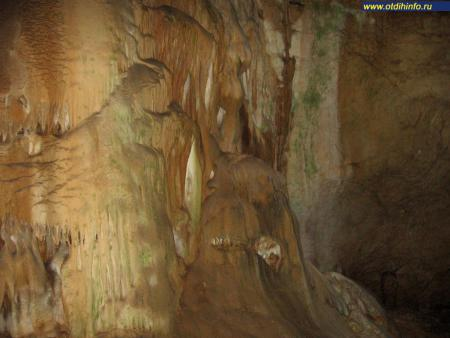 Фото: Мраморная пещера (Симферополь)