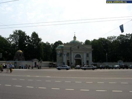 Фото: Свято-Троицкая Александро-Невская лавра