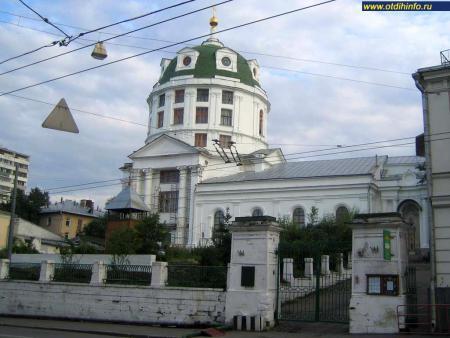 Фото: Церковь Симеона Столпника за Яузой