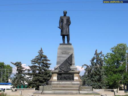 Фото: Памятник П.С. Нахимову