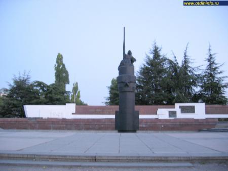 Фото: Памятник подводникам