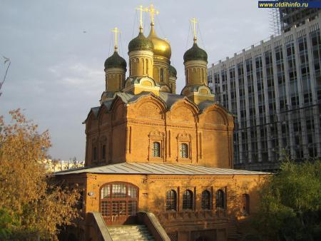 Фото: Собор иконы Божией Матери «Знамение» бывшего Знаменского монастыря