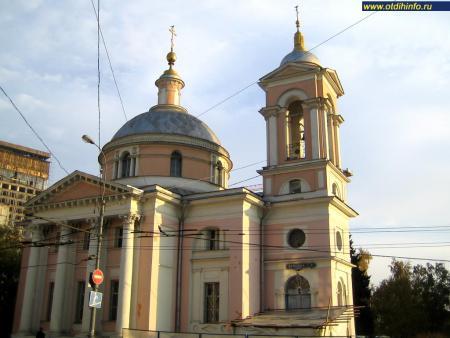 Фото: Церковь великомученицы Варвары на Варварке
