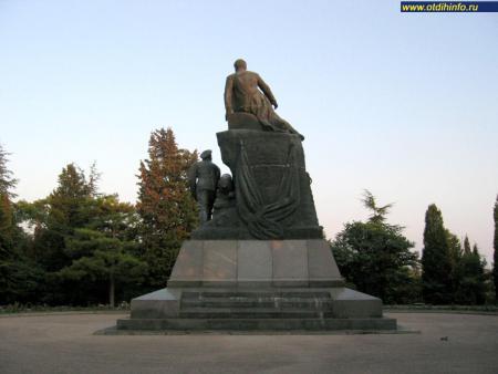 Фото: Памятник В.А. Корнилову