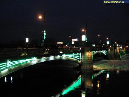 Фото: Биржевой мост
