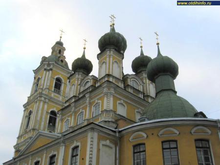 Фото: Благовещенская церковь, церковь благовещения пресвятой Богородицы