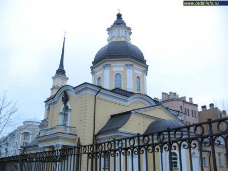 Фото: Церковь Симеона Богоприимца и Анны Пророчицы