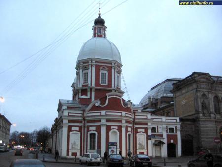 Фото: Церковь Пантелеимона в Соляном переулке