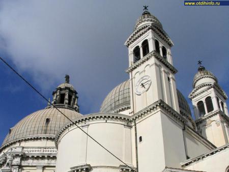 Фото: Церковь Санта-Мария делла Салюте
